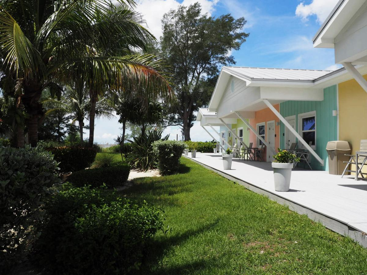 beach rentals on casey key in florida