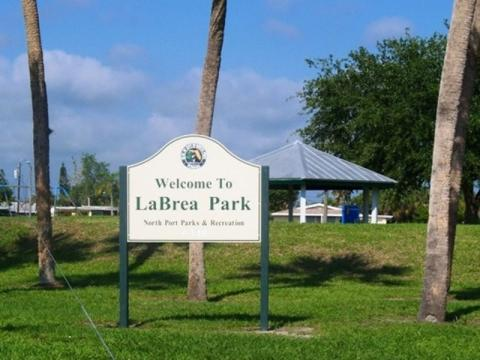 3394_640x480.jpg - LaBrea Park
