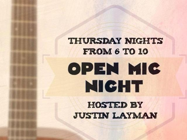 Acoustic Open Mic Night at Daiquiri Deck St Armands