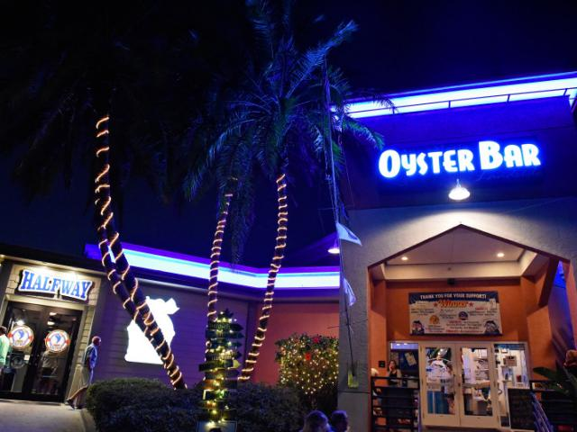 Anna Maria Oyster Bar Landside - By night