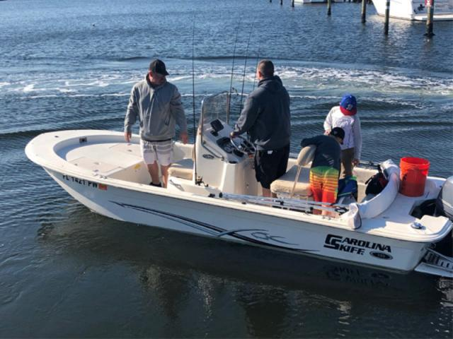 JVX18 Sea Turtle fishing boat - Sea Turtle - JVX18 Carolina Skiff, outstanding flats fishing boat, Garmin Chirp 44 GPS/depth/fish finder, full bimini 70 hp Yamaha 4 stroke