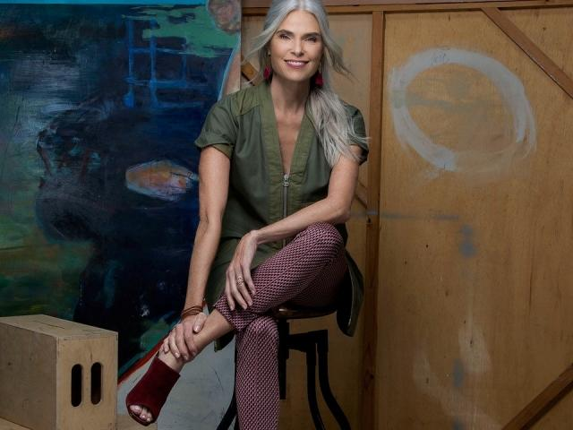 Building Confidence through Modeling with Roxanne Gould