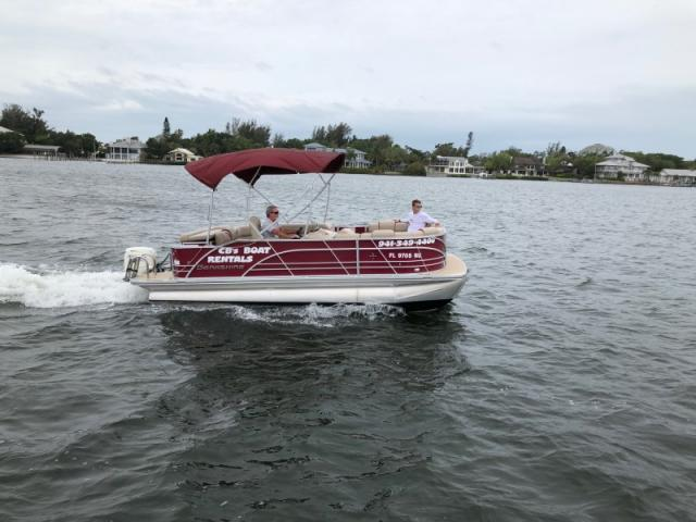 CB's Berkshire 20' Berkshire Pontoon Boat - One of our many boats available for Half Day or Full Day boat rental!