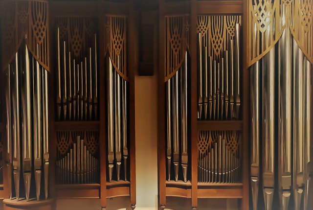 Our Pipe Organ - The Nichols & Simpson pipe organ at Church of the Redeemer