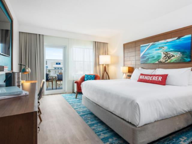 Marina View King - King bedroom