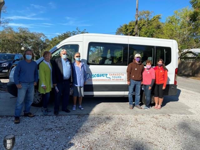 Small Group Tours! - We can accommodate small groups up to 9 in our van or larger groups of 10-35 in our trolley