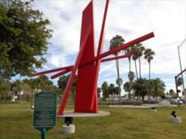Public Art Tour - Enjoy a 90 minute tour of more than 80 pieces of public art including murals, sculpture and buildings on our Public Art Tour of Sarasota.