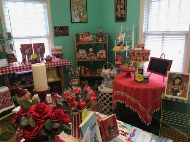 Vintage Sarasota--Best Gift Shop!