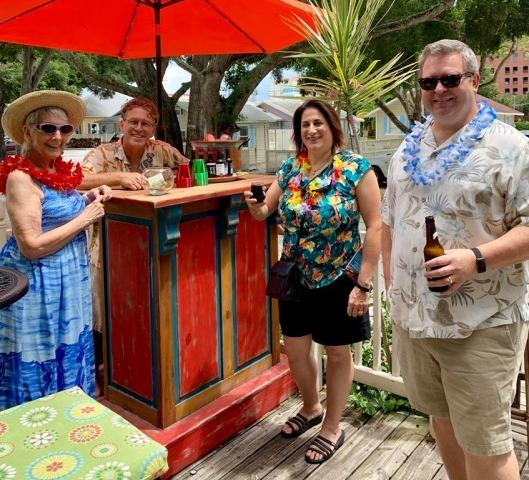 Enjoying a drink in our Tiki Bar before the Happy Hour Tour - All evening tours include complimentary beer or wine in our Tiki Bar