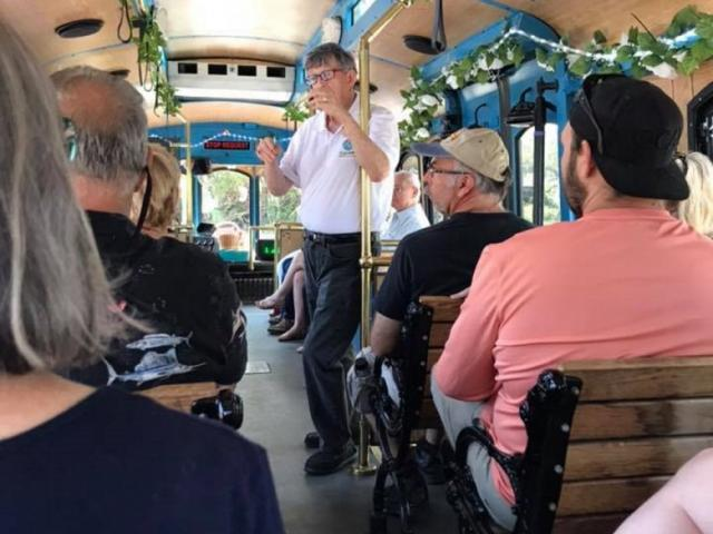 Psychic Sunday Tour - What does the future hold for you? Come on our 2 hour Psychic Sunday Trolley Tour and find out!