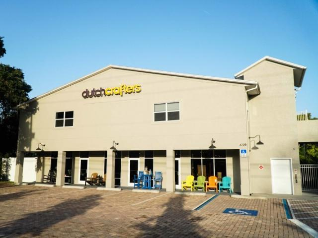 DutchCrafters Furniture Store Exterior