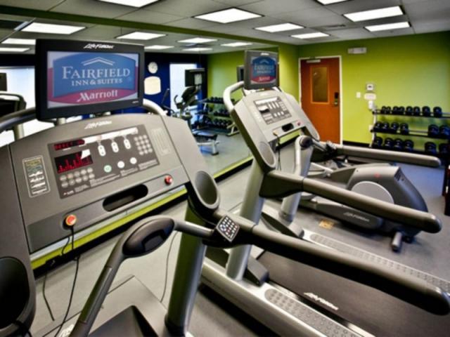 892_640x480.jpg - 24 Hour Fitness Center