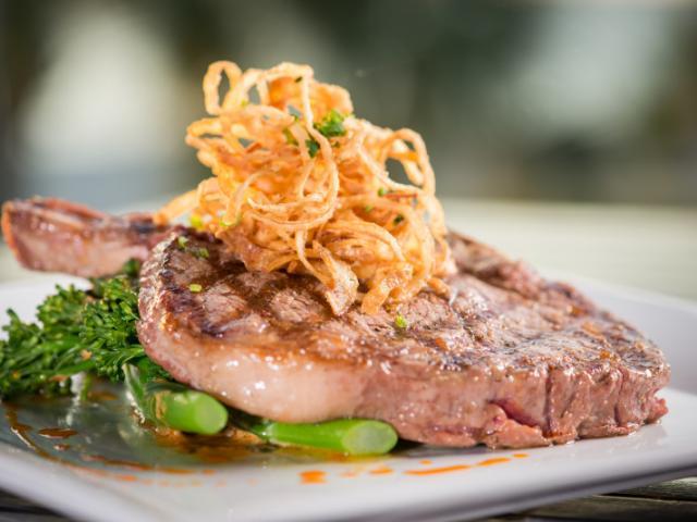 Steak at Fins