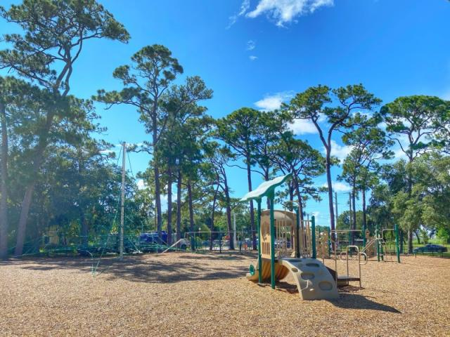Gillespie Park - Have fun at the Gillespie Park Playground!
