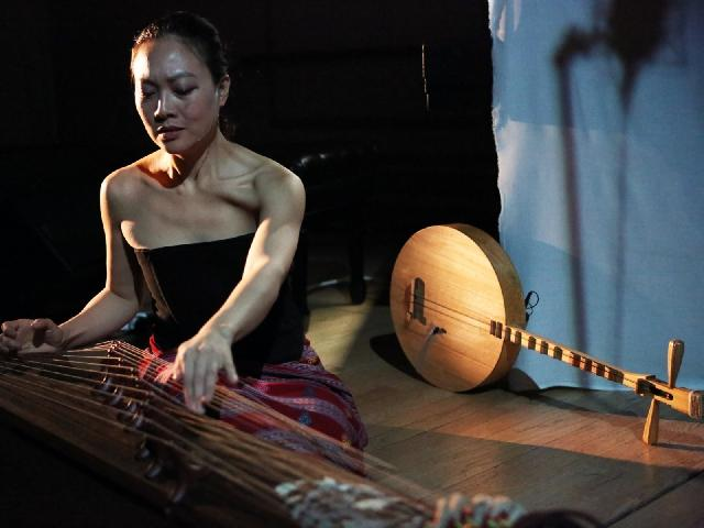 Hermitage North @ New College: Jen Shyu, Vocalist/Composer
