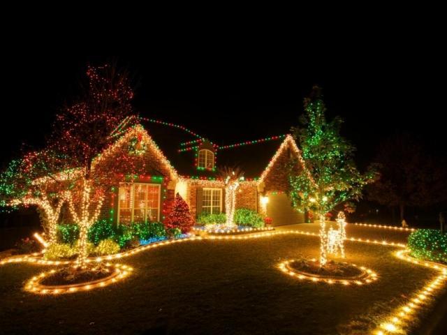 Christmas Trolly Tour Of Lights, Sarasota, Fl 2020 Holiday Tour of Lights Trolley Tour | Visit Sarasota
