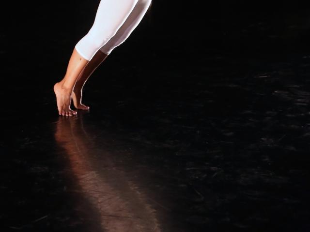 In Studio Performance Series w/ Maria Bauman