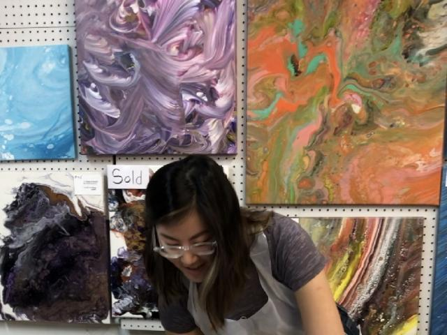 Learn to Acrylic Pour