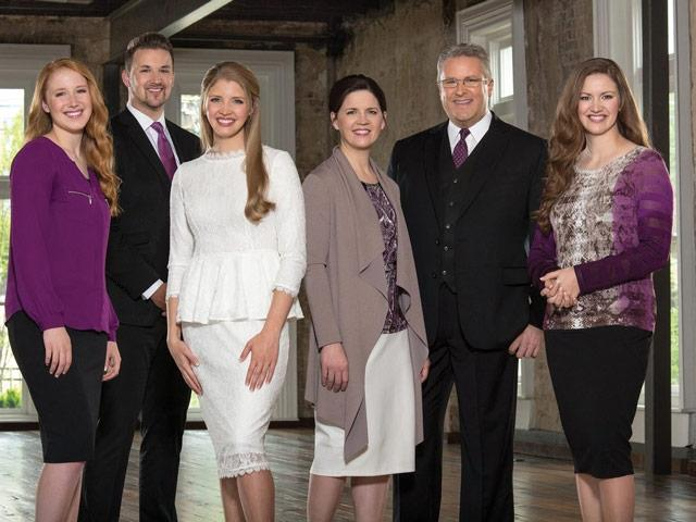 Live Concert by The Collingsworth Family