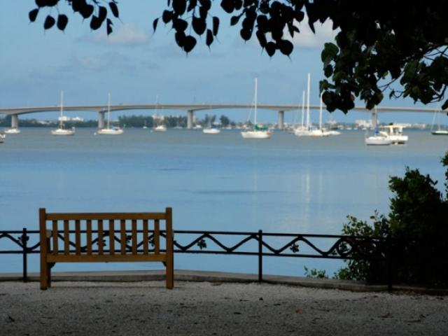 1069_716x480.jpg - 10-acre View of Sarasota Bay