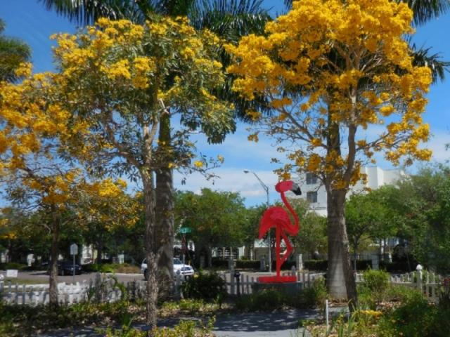 6112_640x480.jpg - Sculpture Garden - Gold Trees with Pink Flamingo Giant by Fred Prescott