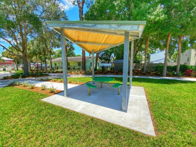 Mary Dean Park - Pack a picnic and visit the New Pavilion!
