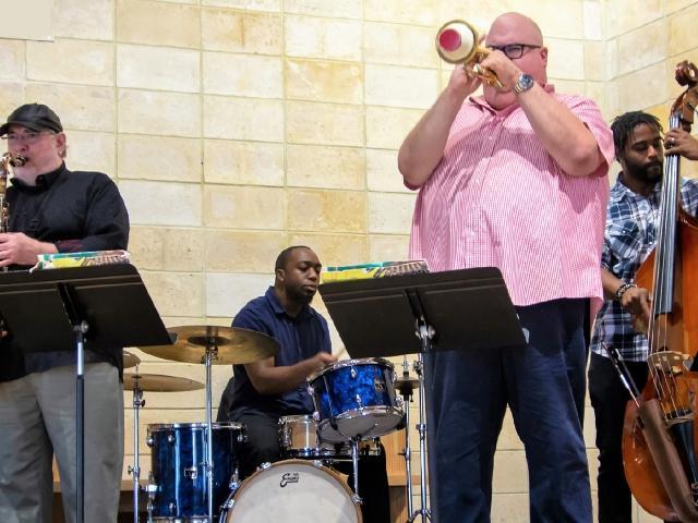 Monday Night Jazz Cabaret - Dan Miller & LewDelGatto Quartet