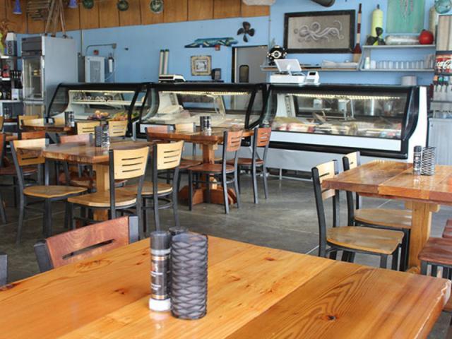 Off The Hook Seafood Restaurant - Savor Listing Image 6