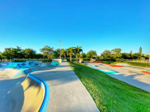 Payne Park Skate Park - 🛹 Open Daily, 7 a.m. - 10 p.m. 🛹 FREE Admission 🛹 Unsupervised Enjoy at your own risk.*  *For further information please reference Florida Statute #316.0085