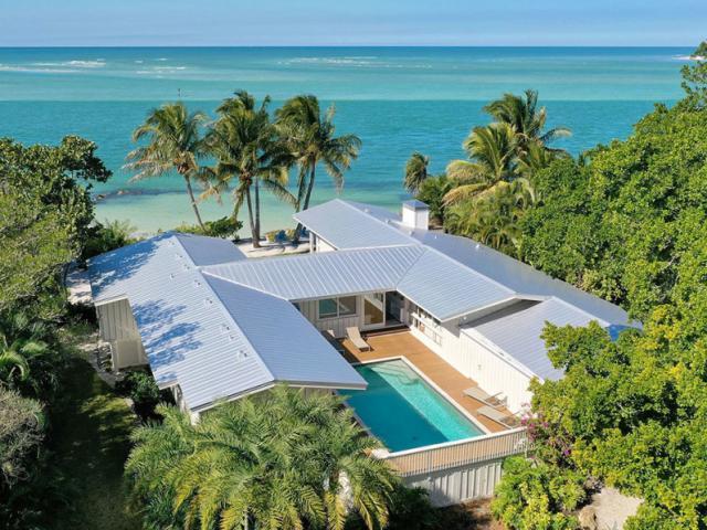 Siesta Key Beach House - Life is a beach on Siesta Key. Laid back island lifestyle.