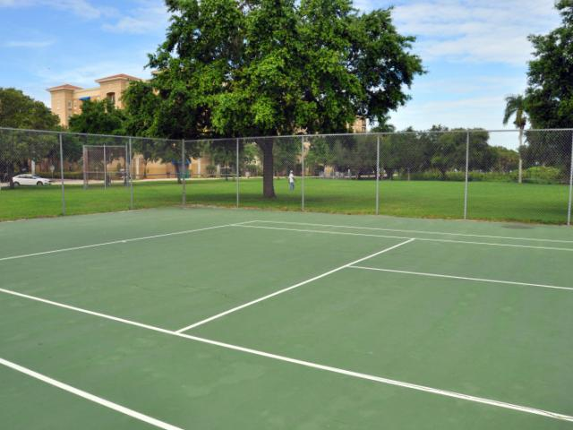 Pioneer Park - Open Tennis Courts