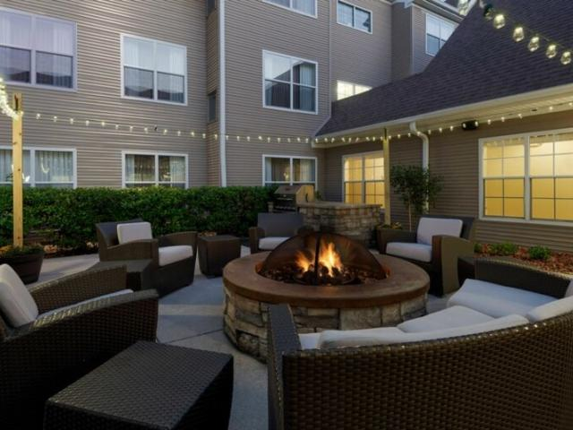 Patio Firepit & Grill - Enjoy our outdoor patio area complete with comfy seating, firepit and BBQ grill for guests to utilize.
