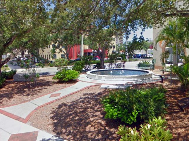 Robarts Memorial Park
