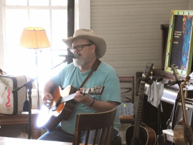 Sarasota Folk Club Presents Jefferson Ross in Concert