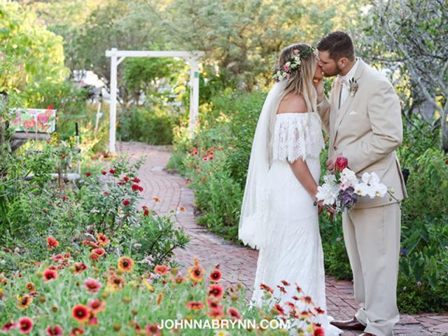 Sarasota Garden Club - Listing 1. Photo by johnnabrynn.com