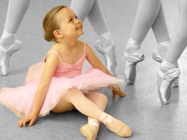 Little dancer at School of Russian Ballet studio - Dance classes for children starting at 2.5 years old