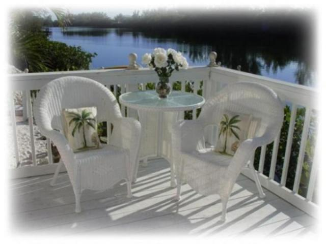383_640x480.jpg - Ringling Bungalow's Private Porch