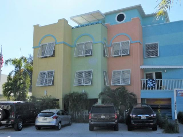 Siesta Sunset Royale beach house - Seven apartment vacation rental boutique hotel on Siesta Key at beach access #7