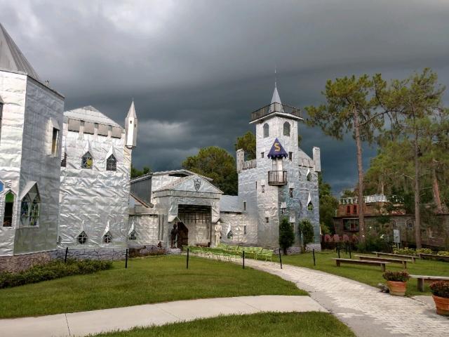 Solomon's Castle Tour