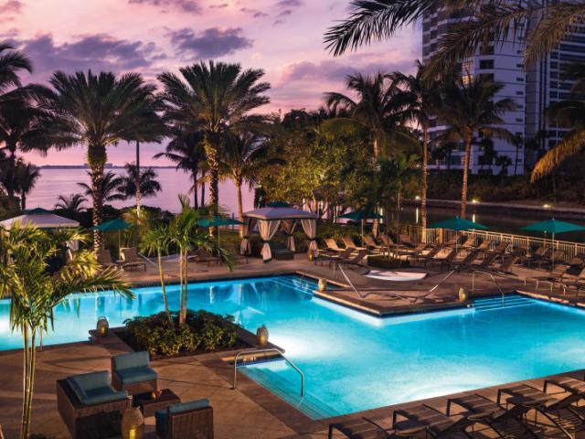 The Ritz-Carlton, Sarasota - The Ritz-Carlton, Sarasota Hotel Pool