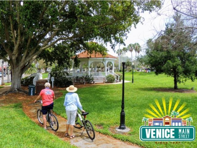 Centennial Park Downtown Venice