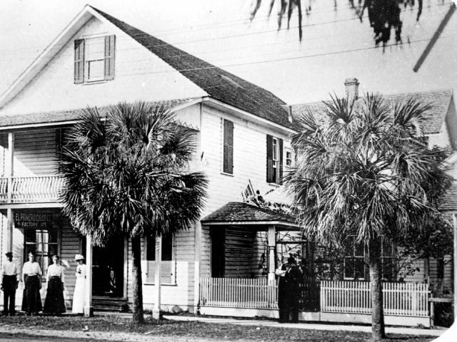 """Ybor City: 1885 - 1930"" presented by Catherine Cueto"