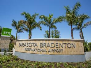 Sarasota bradenton international airport entrance