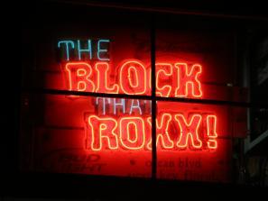 Block that Roxx neon sign