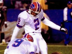 steve christie kicking a football