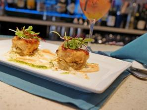 6958_719x480.jpg - Shrimp and Crab Cakes