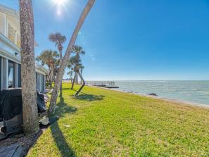 Townhouse on Siesta Key - The Gulf of Mexico is your back yard.