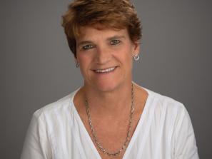 Kim Stephens, Broker/Associate