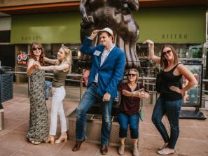Sarasota Bar Crawl: Sarasota Slammin'