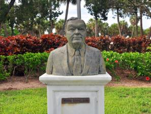 John Ringling - A bronze sculpture of John Ringling by Tony Lopez.